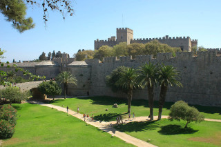 rhodes old town history
